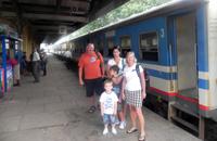 Train Ride, Ella gap - Rawana waterfall
